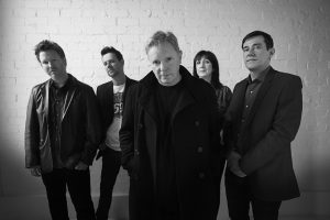 "New Order anuncia novo boxset do álbum ""Power Corruption & Lies"""