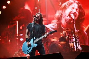 Foo Fighters cancela turnê comemorativa