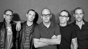 "Bad Religion lança som inédito ""Emancipation Of The Mind"""